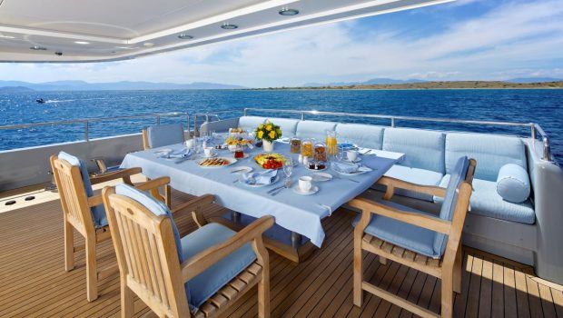 o_ceanos superyacht charter aft dining_valef -  Valef Yachts Chartering - 5559