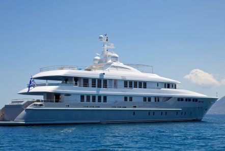 o_ceanos superyacht charter exteriors (2)_valef -  Valef Yachts Chartering - 5551