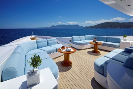 o_ceanos superyacht charter lounge_valef -  Valef Yachts Chartering - 5545