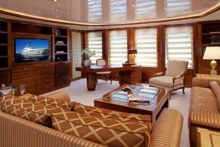 o_ceanos superyacht charter salon (1)_valef -  Valef Yachts Chartering - 5541