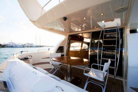 aventura ii aft table (1)_valef -  Valef Yachts Chartering - 5618