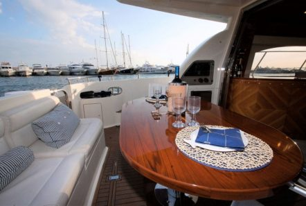 aventura ii aft table (2)_valef -  Valef Yachts Chartering - 5617