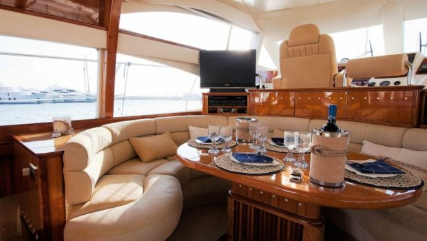 aventura ii salon and dining (5)_valef -  Valef Yachts Chartering - 5595