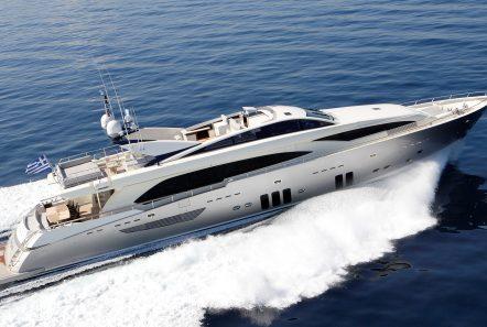 dragon motor yacht exteriors 2 min min -  Valef Yachts Chartering - 4825