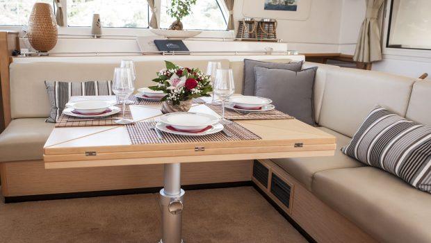 elvira catamaran lagoon 500 interior salon (1)_valef -  Valef Yachts Chartering - 5568