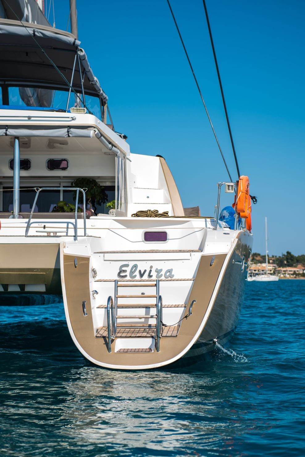 elvira catamaran lagoon 500 swim stairs_valef -  Valef Yachts Chartering - 5561