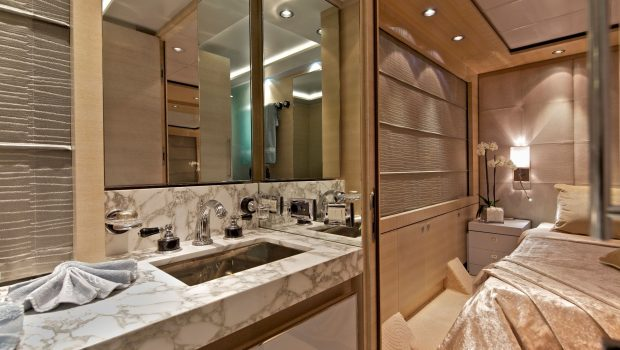 o'pati double bathroom_valef -  Valef Yachts Chartering - 5640