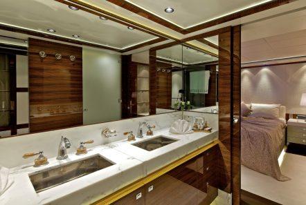 o'pati master bath_valef -  Valef Yachts Chartering - 5643