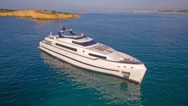 Project Steel motor yacht profile