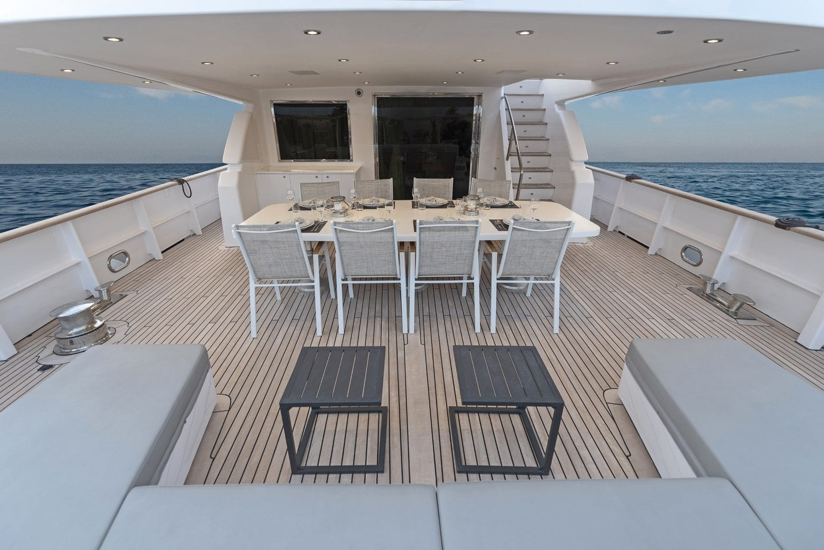 project-steel-motor-yacht-overall-aft-min