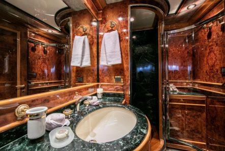 jaan baths (1)_valef -  Valef Yachts Chartering - 5695