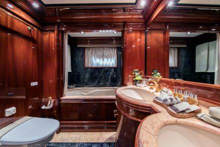 jaan master suite (5)_valef -  Valef Yachts Chartering - 5700