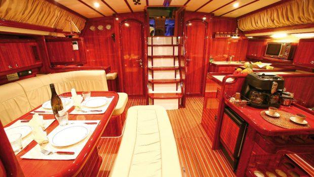 mythos sailing yacht interior (1)_valef -  Valef Yachts Chartering - 5422