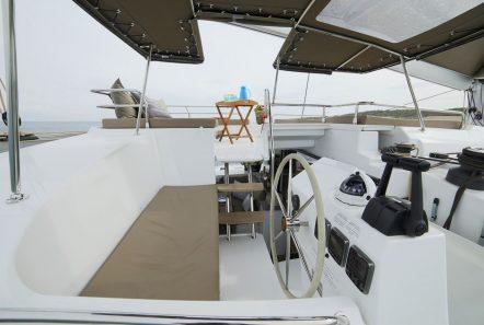 new horizons ii catamaran bridge_valef -  Valef Yachts Chartering - 5399