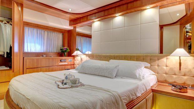 aimilia motor yacht vip2_valef -  Valef Yachts Chartering - 5860