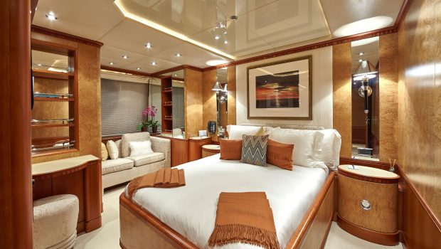 lady ellen ii VIP stateroom (1)_valef -  Valef Yachts Chartering - 5657