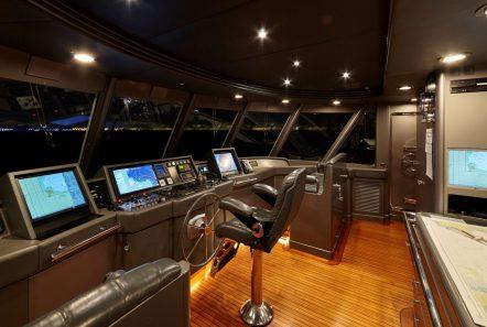 lady ellen ii bridge_valef -  Valef Yachts Chartering - 5665