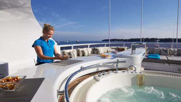 lady ellen ii jacuzzi_valef -  Valef Yachts Chartering - 5650