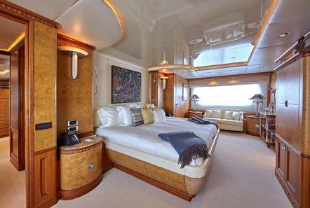 lady ellen ii master stateroom (2)_valef -  Valef Yachts Chartering - 5671
