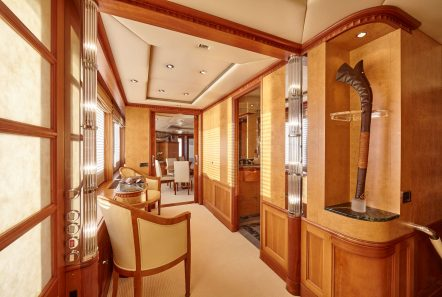 lady ellen ii master stateroom (4)_valef -  Valef Yachts Chartering - 5652