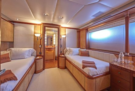 lady ellen ii twin stateroom_valef -  Valef Yachts Chartering - 5672