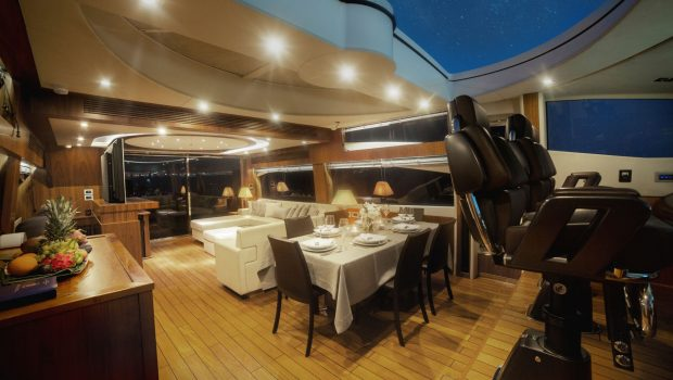 Blade charter yacht dining2_valef -  Valef Yachts Chartering - 5777