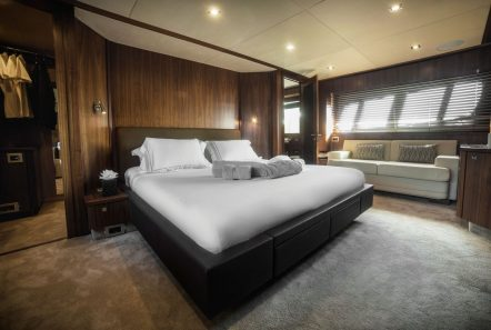 Blade charter yacht master stateroom2_valef -  Valef Yachts Chartering - 5774