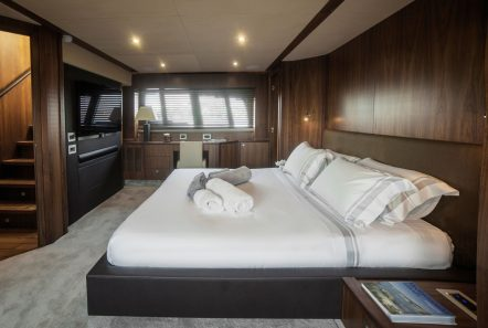 Blade charter yacht master stateroom_valef -  Valef Yachts Chartering - 5775
