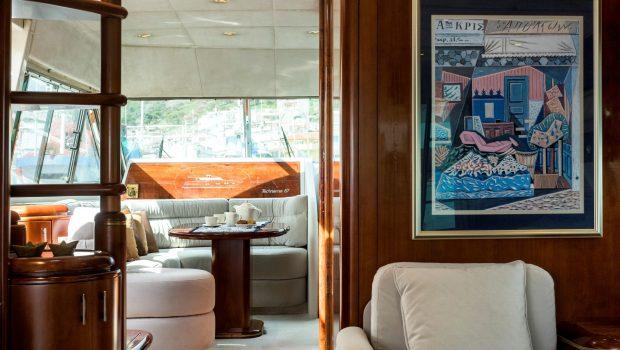 BLUE N WHITE Bridge salon (4) -  Valef Yachts Chartering - 6419