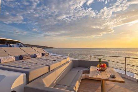 AQUA LIBRE Fore lounge -  Valef Yachts Chartering - 6480