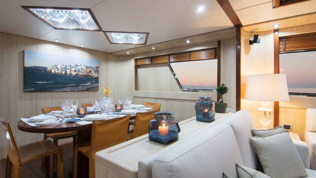 acionna charter yacht dining (1)_valef -  Valef Yachts Chartering - 5882