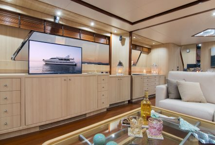 acionna charter yacht lounge_valef -  Valef Yachts Chartering - 5881