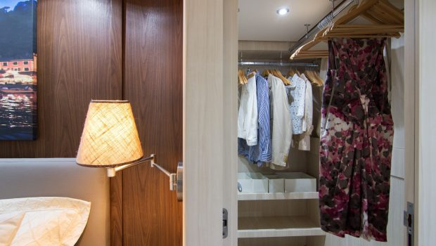 acionna charter yacht master dressing room_valef -  Valef Yachts Chartering - 5897