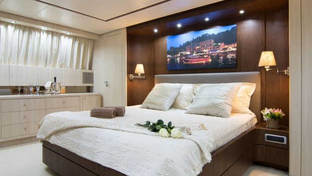 acionna charter yacht master stateroom (2)_valef -  Valef Yachts Chartering - 5890
