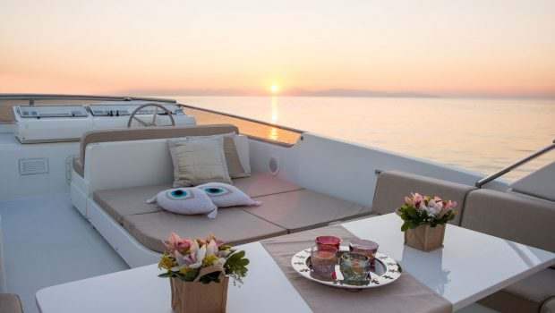 acionna charter yacht sundeck (2)_valef -  Valef Yachts Chartering - 5877