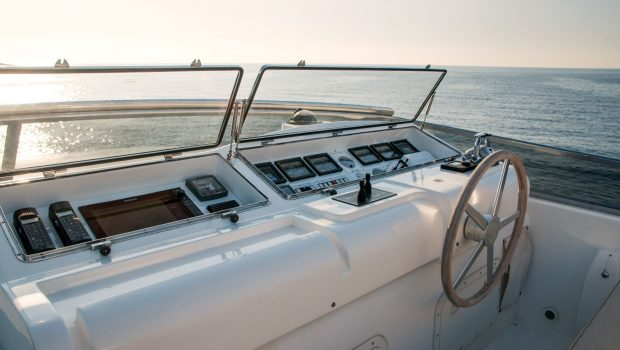acionna charter yacht wheel_valef -  Valef Yachts Chartering - 5872