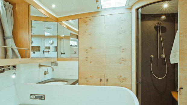 opus68   interior -  Valef Yachts Chartering - 6628