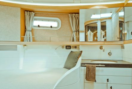 opus68   interior -  Valef Yachts Chartering - 6627