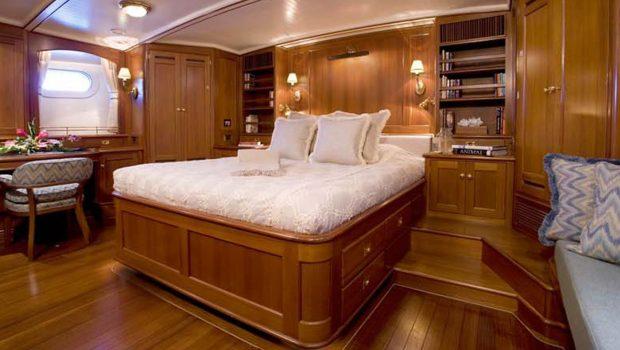 AXIA Master -  Valef Yachts Chartering - 6463