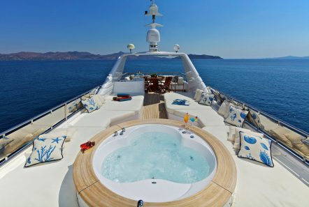 orion jacuzzi -  Valef Yachts Chartering - 6068