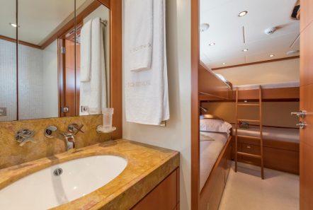 l_equinox bunk stateroom bath_valef -  Valef Yachts Chartering - 5509