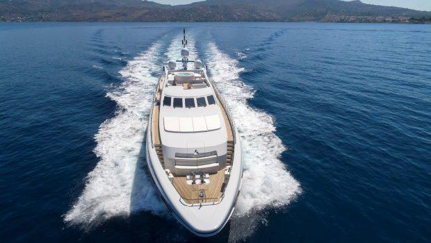 l_equinox exteriors (3)_valef -  Valef Yachts Chartering - 5501
