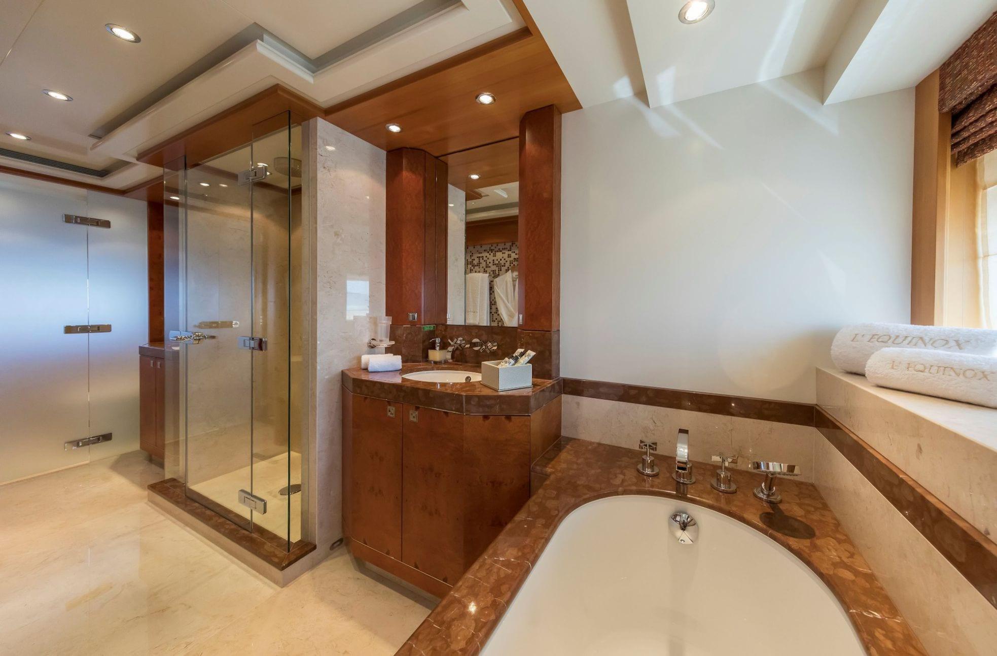 l_equinox master stateroom bath_valef -  Valef Yachts Chartering - 5497