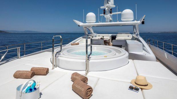 l_equinox sun deck jacuzzi (3)_valef -  Valef Yachts Chartering - 5485