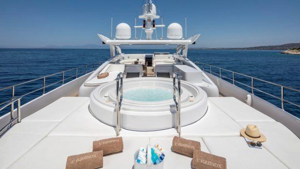 l_equinox sun deck jacuzzi (4)_valef -  Valef Yachts Chartering - 5484