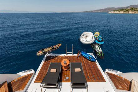 l_equinox swim platform_valef -  Valef Yachts Chartering - 5475
