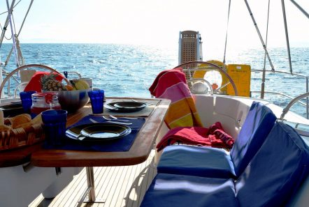 malena sailing yacht cockpit (1)_valef -  Valef Yachts Chartering - 5470
