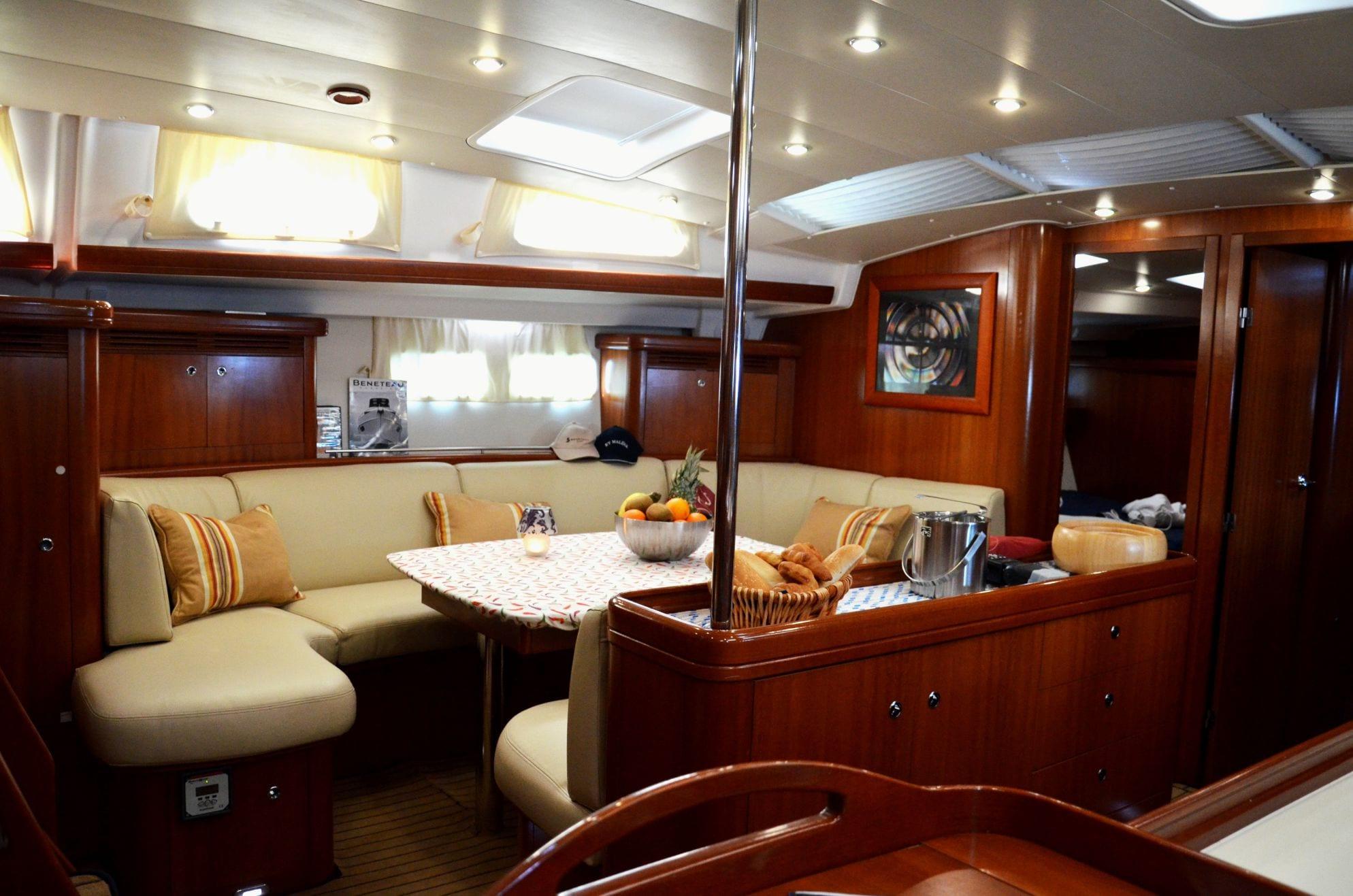 malena sailing yacht dining salon (5)_valef -  Valef Yachts Chartering - 5465