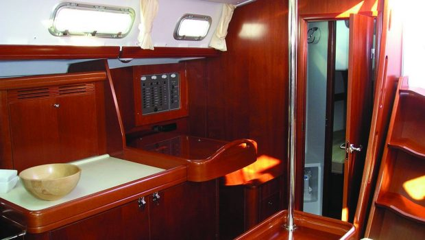 malena sailing yacht dining salon (9)_valef -  Valef Yachts Chartering - 5462