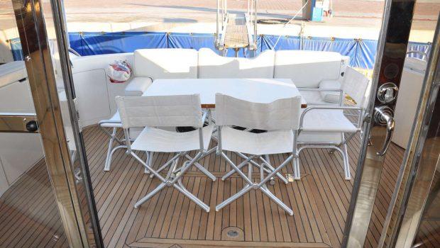 maria vek aft deck_valef -  Valef Yachts Chartering - 5452